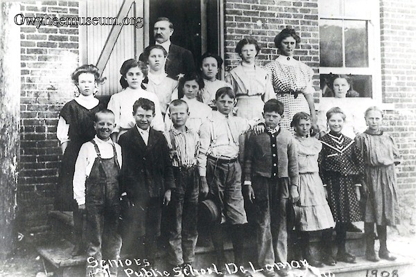 DeLamar School Seniors 1908